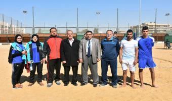 جامعة مدينة السادات تهزم جامعة المنصورة في أولى مباريات الكرة الشاطئية