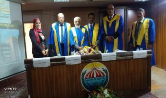 سفير أثيوبيا بالقاهرة يناقش رسالة دكتوراه بالجامعة
