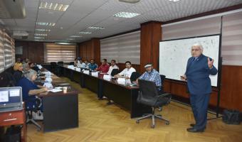 مدير مركز تنمية الموارد البشرية وأعضاء هيئة التدريس والقيادات  يعلن عن بدا دورة تدريبية بعنوان التعلم الالكتروني
