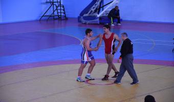 حصول الطالب أحمد علاء على المركز الخامس فى المصارعة الرومانية بأسبوع شباب الجامعات