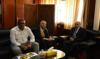 اجتماع نائب رئيس الجامعة لشئون التعليم والطلاب بمستشار شركة فاركو للأدوية