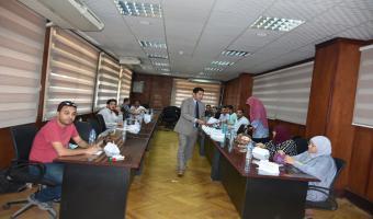 مدير مركز تنمية الموارد البشرية وأعضاء هيئة التدريس والقيادات يعلن عن بدا دورة  برنامج