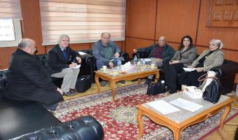 وفد هولندي يزور الجامعة لمناقشة سبل تنفيذ المشروع الهولندي المصري لتقليل كمية المياه المستخدمة في الري
