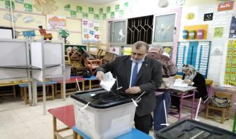 نائبرئيس جامعة السادات لشئون التعليم و الطلاب يدلى بصوته فى انتخابات مجلس النواب 2020