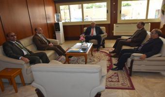 بالصور .. رئيس جامعة السادات ونائبه يستقبلون الطلاب الجدد والقدامى بكلية التربية الرياضية