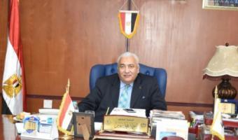 رئيس الجامعه يصدر قراراً بشأن القوي التشغيليه للمؤسسة