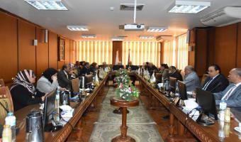 بالصور : إجتماع مجلس جامعة مدينة السادات لبحث جدول أعماله