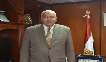 رئيس الجامعة يقدم التهنئة بمناسبة عيد الشرطة و الذكرى التاسعة لثورة 25 يناير