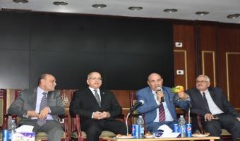 الدكتور مبروك عطية يحاضر ندوة دينية بجامعة مدينة السادات