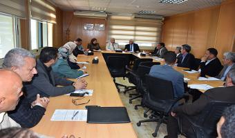 رئيس الجامعة يفتتح الاجتماع الشهري للجنة التنفيذية للأيزو بالجامعة