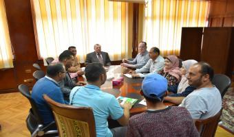 نائب رئيس الجامعه يجتمع بمديري ادارات رعاية الطلاب لبحث خطط الادارة المستقبلية