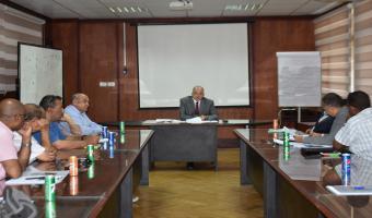 اجتماع مراكز الخدمة العامة والوحدات ذات الطابع الخاص