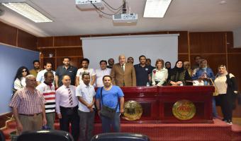 رئيس جامعة  مدينة السادات  يلتقي بالطلاب الوافدين  بالجامعة