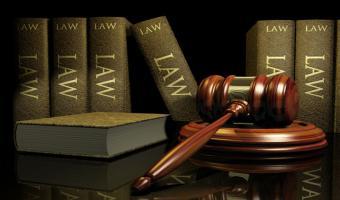 اعتماد اللائحة المالية لمركز التحكيم والاستشارات القانونية بكلية الحقوق